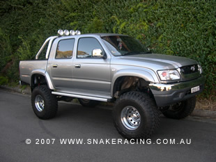 "2005 Toyota Hilux 4"" Lift Kit"